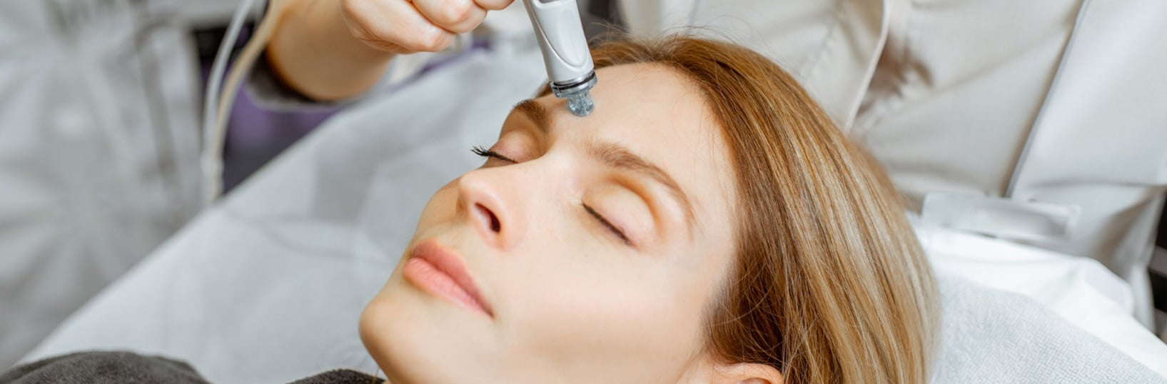 Crystal Clear Oxygen Facial Treatment