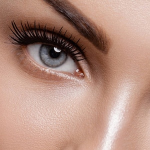 Eyes and eyelash treatments